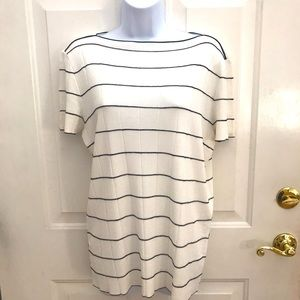 14 xl Armani Collezioni Striped Knit T-Shirt euc